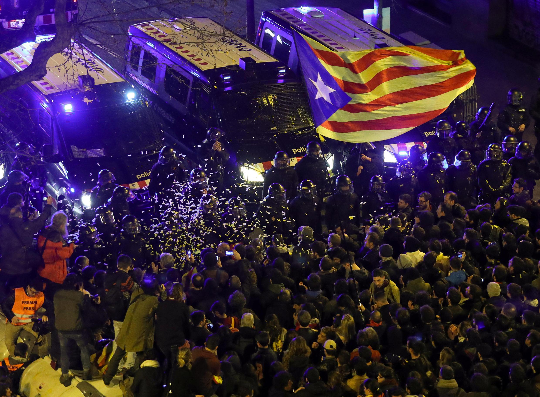 Cuộc biểu tình tại Barcelona yêu cầu trả tự do cho năm nhà lãnh đạo đòi độc lập Catalunya, ngày 23/03/2018.
