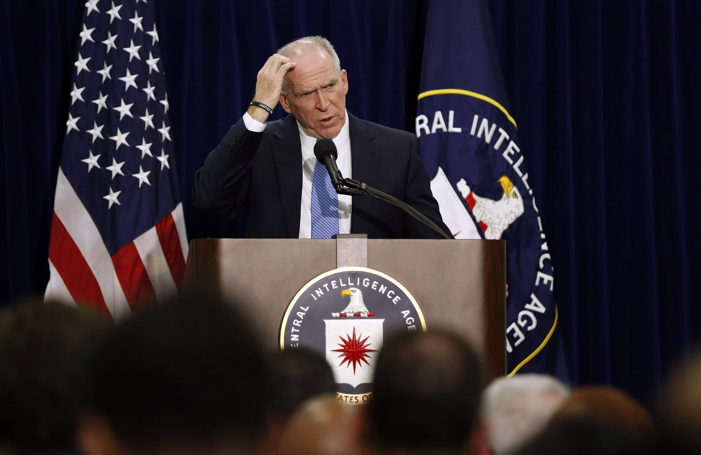 Giám đốc CIA John Brennan họp báo ngày 11/12/2014, tại Washington.