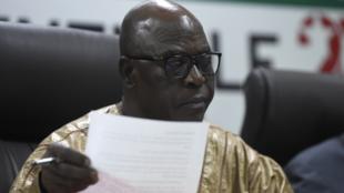 Le président de la Commission électorale nationale indépendante du Togo, Tchambakou Ayassor, lors de l'annonce des résultats de la présidentielle de 2020.