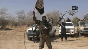 Capture d'écran d'une vidéo de propagande de Boko Haram montrant son chef Abubakar Shekau, le 20 janvier 2015. Dans la vidéo diffusée le 1er avril, le chef terroriste n'apparaît pas.