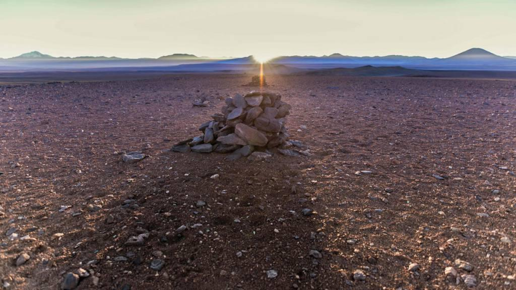 Alineación de salida del Sol y Saywas.