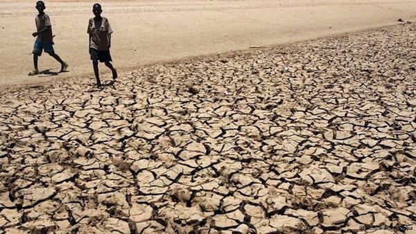 Durante a rodada de Doha, os países africanos e insulares pediram mais ajuda dos países ricos para que possam se adaptar às mudanças climáticas.