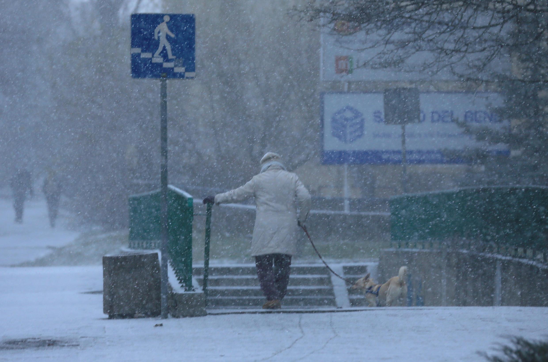 A onda de frio que atinge a Europa desde o fim de semana passado, com temperaturas polares, causou pelo menos 46 mortes, a maioria na Polônia.