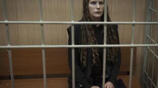A bióloga Ana Paula Alminhana Maciel, ativista do Greenpeace, detida em Mourmansk, na Rússia.