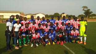 Organisation d'un match de football entre journalistes sénégalais et gambiens qui  aiderait au rapprochement des deux pays.