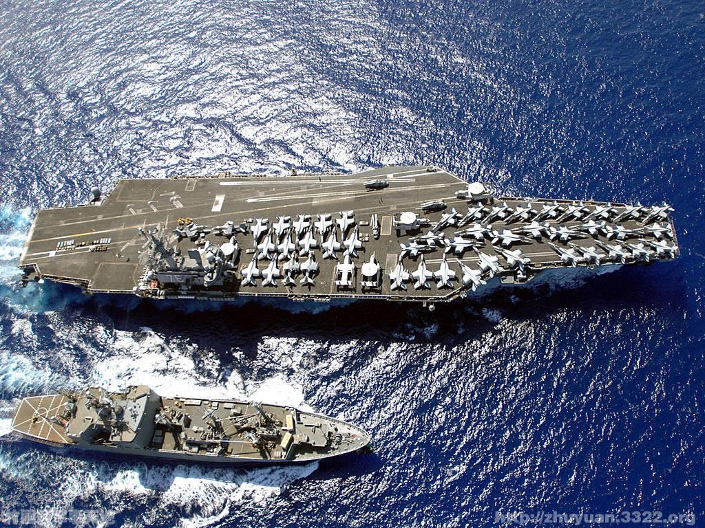 图为美国尼米兹核动力航母