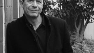 El escritor franés Emmanuel Carrère.
