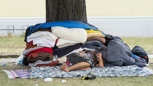 Amnesty International បរិហារពីស្ថានភាពអនាម័យដ៏គូរឲ្យស្លុតរន្ធត់នៅក្នុងជំរំជនភៀសខ្លួនមួួយនៅTraiskirchen,ក្នុងប្រទេស Autriche.