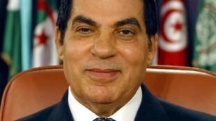 L'ex-président Ben Ali, réfugié en Arabie Saoudite, a été condamné à la prison à perpétuité.