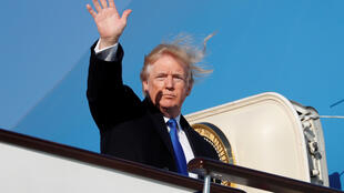 Donald Trump quittant la Chine pour le Vietnam, le 10 novembre 2017.