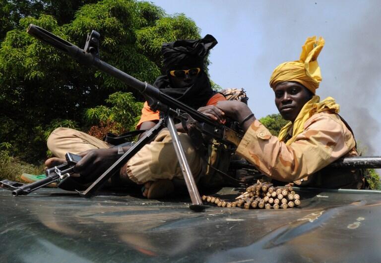 Combattants de la rébellion Seleka non loin de Damara.