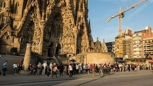 圣家堂被列入联合国教科文组织世界遗产,每年可吸引2千万游客