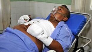 El 'camarada Artemio' yace en una cama en un hospital de Lima, el 12 de febrero de 2012.