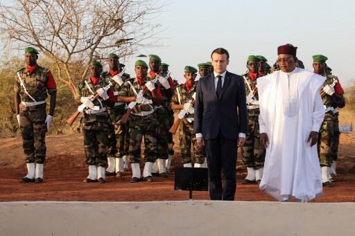 Shugaban Faransa Emmanuel Macron tare da takwaransa na Nijar, Muhammadou Issoufou