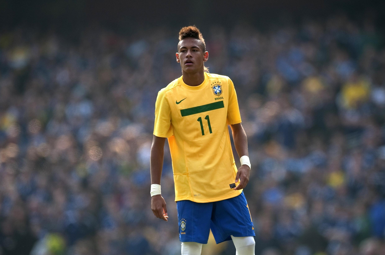 Neymar, autor de dois golos contra o Equador