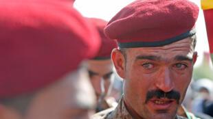 10月22日一名库尔德人民保护部队成员的葬礼上