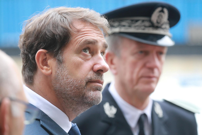 Le ministre de l'Intérieur, Christophe Castaner, et le directeur général de la police nationale (DGPN), Frédéric Veaux, le 9 juin 2020 à Evry.