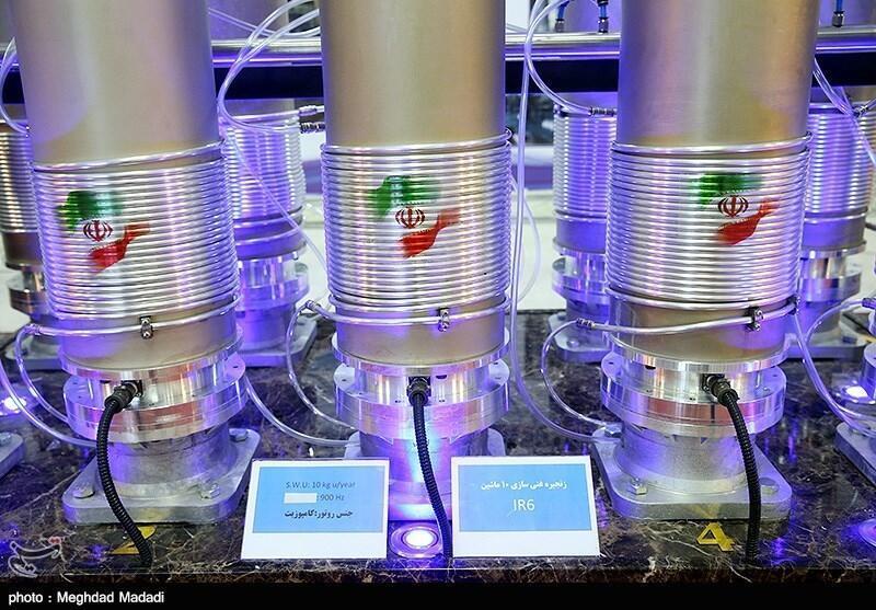 کارشناسان معتقدند که حکومت ایران تا یک ماه دیگر از سوخت لازم برای تولید اولین بمب اتمی برخوردار خواهد بود.