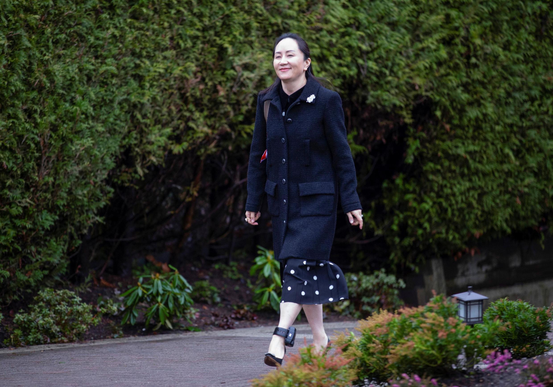 Bà Mạnh Vãn Châu (Meng Wanzhou) giám đốc tài chính Hoa Vi rời nhà đến tòa án Vancouver, Canada ngày 20/01/2020.
