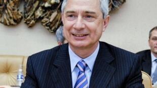Claude Bartolone.