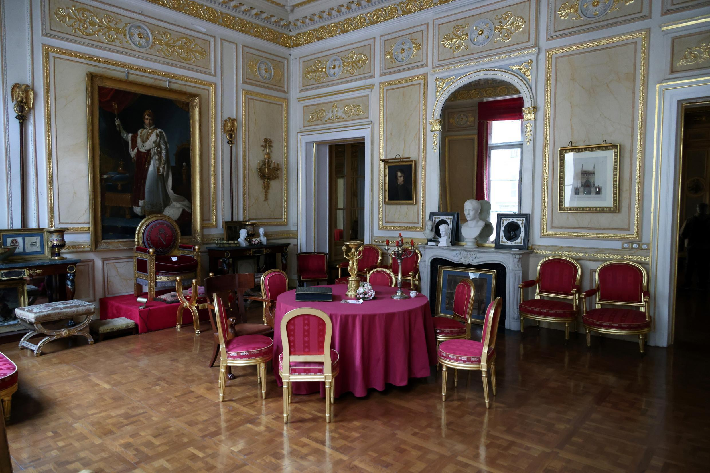 The luxury Palais Vivienne owned by French collector Pierre-Jean Chalencon was allegedly used for a clandestine dinner