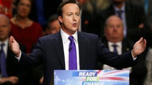 Le leader du Parti conservateur David Cameron lors d'un meeting de son parti à Manchester, le 8 octobre 2009