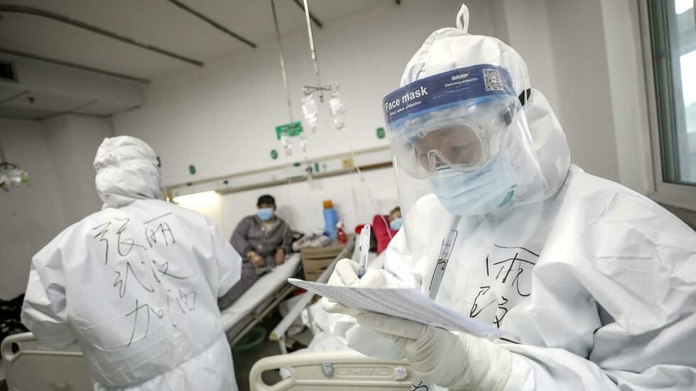 همه چیز درباره ویروس کرونا / از روشهای ابتلا تا علائم رایج بالینی