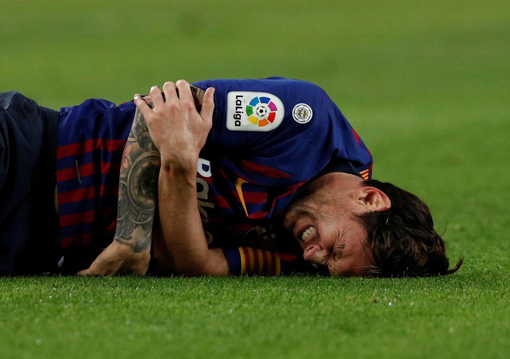 L'attaquant du FC Barcelone Lionel Messi, s'est blessé au bras droit face au FC Séville lors de la 9e journée de Liga. Photo datée du 20 octobre 2018.