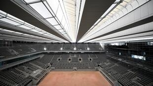The Philippe Chatrier central court at Roland Garros has a new retractable roof
