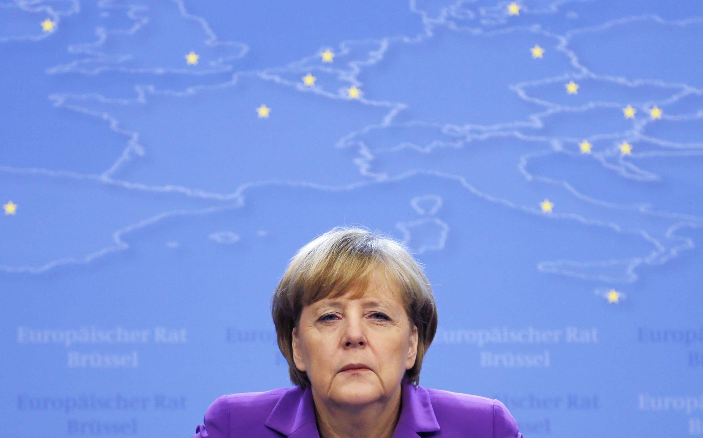 Snowden quer testemunhar no caso das escutas do telefone celular da chanceler Angela Merkel.