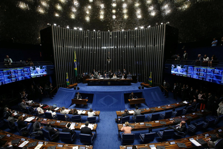 Les présidents du Tribunal suprême et du Sénat brésilien se sont exprimés devant le Sénat au sujet du vote sur la destitution de Dilma Rousseff, le 9 août 2016, à Brasilia.