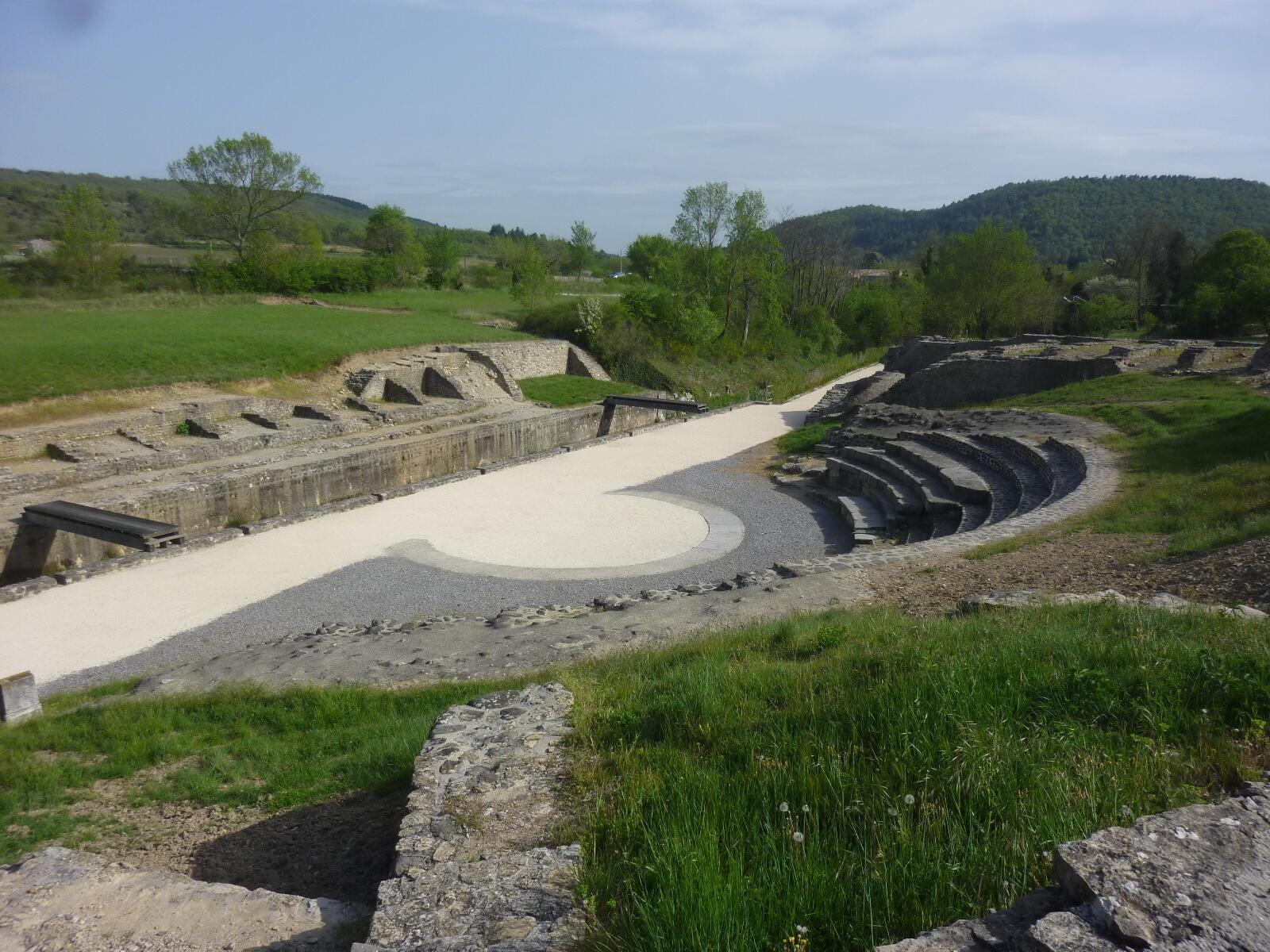 Site archéologique d'Alba-la-Romaine. C'est sur l'un des nombreux sites de la ville que le buste a été trouvé en 1992.