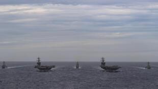 USA - Porte-avions USS Theodore Roosevelt et USS Nimitz en Mer de Chine du Sud 6518546