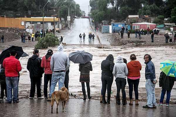 Chuvas torrenciais caíram sobre a árida região do Atacama