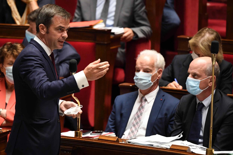 Le ministre de la Santé Olivier Véran devant l'Assemblée nationale à Paris, le 21 juillet 2020.