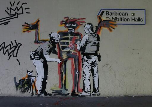 Grafite creditado a Banksy, Londres, 18/09/2017.