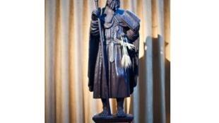 Скульптура св. Иакова Компостельского в деревне Овилар