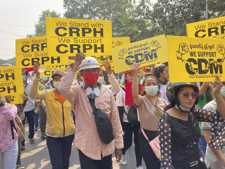 birmanie-crph-manifestation-anti-putsch