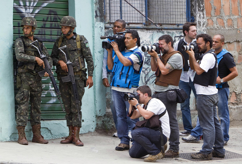 Na classificação mundial da liberdade de imprensa em 2016, o Brasil ocupa a 104° posição, cinco a menos que em 2015.