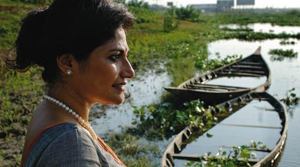 Runa Kan es la fundadora de la ONG Friendship. Impulsa la movilidad en un país que tiene que convivir con el agua.