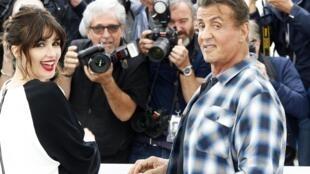 """L'acteur Sylvester Stallone (à droite), au Festival de Cannes (France), pour le film """"Rambo V: Last Blood"""", le 24 mai 2019."""