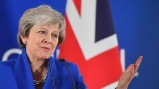 Las renuncias siguen lloviendo en el gobierno de Theresa May