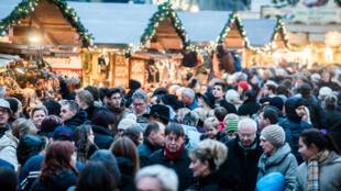 Le gouvernement hongrois a décidé de gâter les retraités pour Noël.