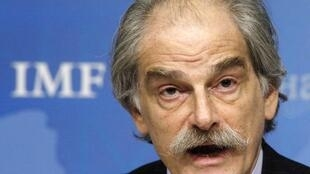 John Lipsky assumiu interinamente as funções de diretor-geral interino do FMI