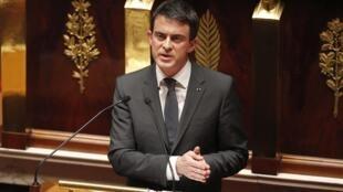 Primeiro-ministro francês, Manuiel Valls, na Assembleia nacional, nesta terça-feira.