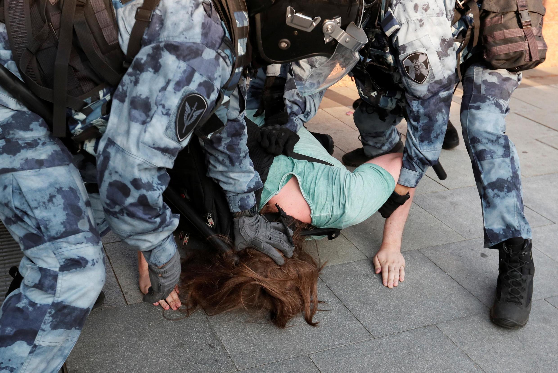 Задержание на акции протеста в Москве 27 июля 2019 г.
