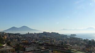 Vue de Naples et du Vésuve.