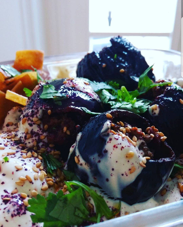 Fattet Makdous: meat-stuffed small aubergines with tarator sauce