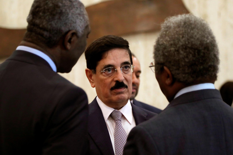 Кандидат из Катара Хамад бин Абдулазиз аль-Каутари дал понять, что придет в ЮНЕСКО «не с пустыми руками».