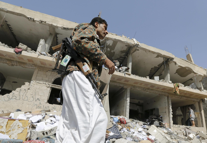 شهر عمران در شمال غربی یمن پس از بمباران ائتلاف تحت رهبری عربستان سعودی.